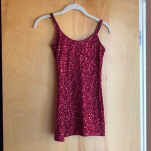 DOTS wine-colored shimmery sequin tank